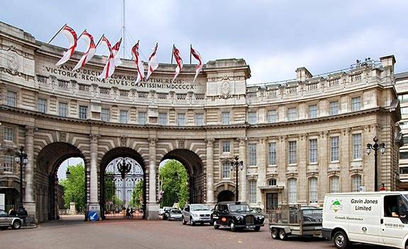Admiralty_Arch_8038