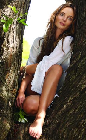 Gabrielle Anwar 5x7