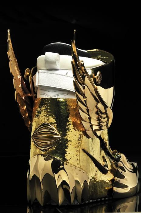 GoldShoe3