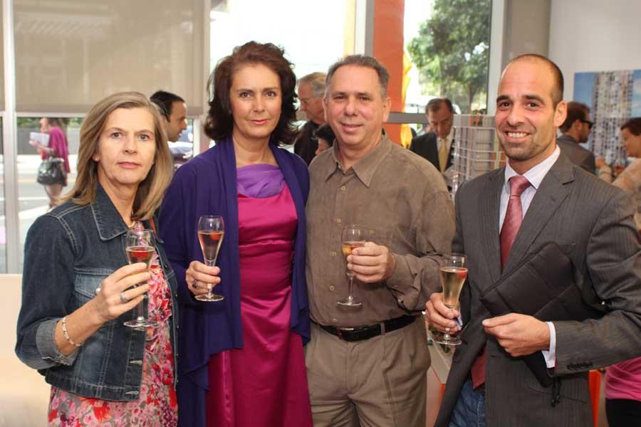 Lise Mendez, Ania Navas, Carlos Sanchez, Henrik Zitny