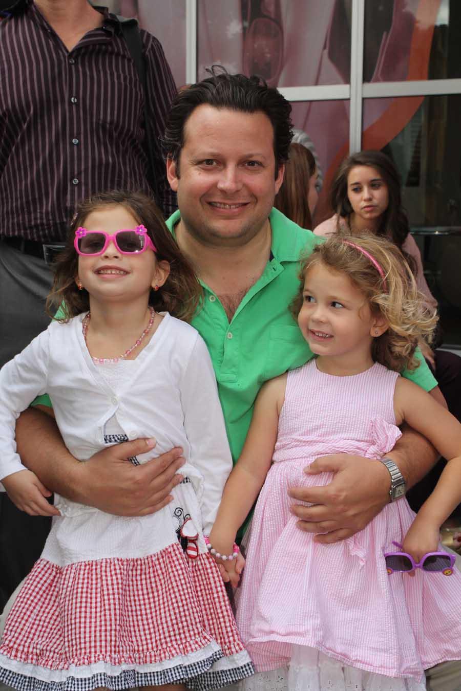 Sydney, Eric & Daniella Fordin