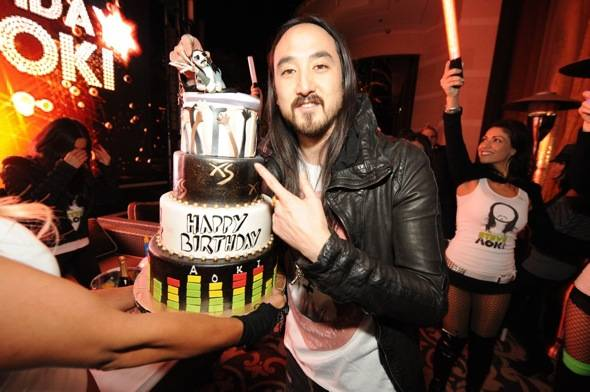 XS - Steve Aoki - Birthday Cake