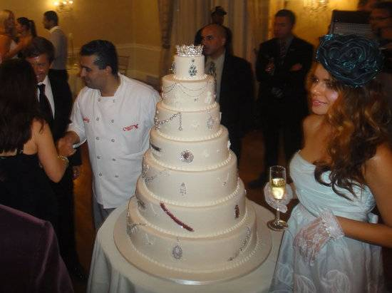 Cake Boss Buddy Valastro Creates 30 Million Cake For New