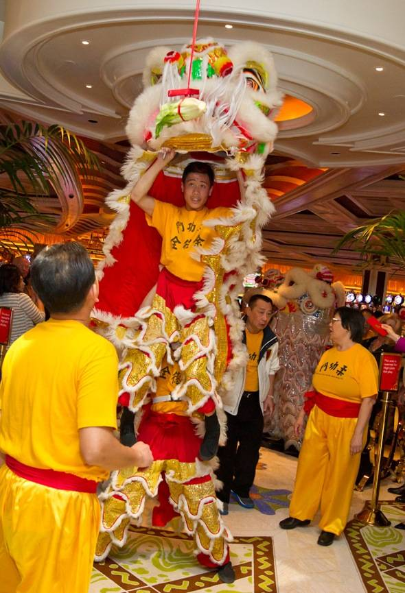 1_27_12_wynn_chinese_new_year_kabik-417-14