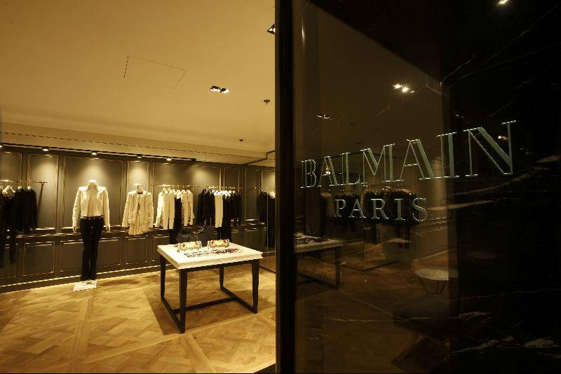 The Parisian house of Balmain has been overseen by many great designers since Pierre Balmain first founded the historic house in Balmain has become one of the world's most influential fashion brands, celebrated for its sophisticated mix of Parisian chic and a rock 'n' roll aesthetic.