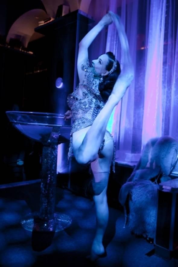 Dita Von Teese Performing at Hyde Bellagio, Las Vegas, 1.14.12 (3)