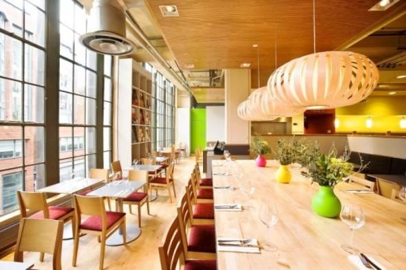 Elegant-Vegetarian-Restaurant-Interior-Design-of-Saf-Restaurant-And-Bar-London-UK-004-590×393