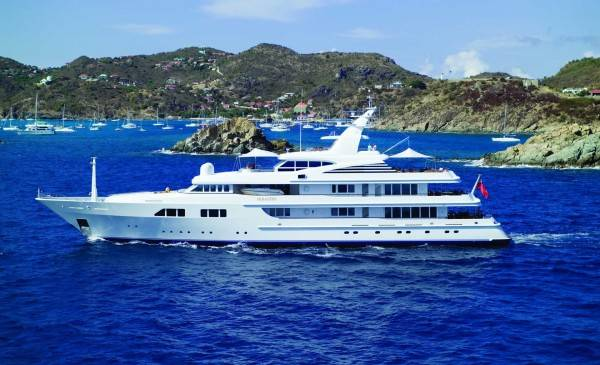 Feadship-superyacht-Paraffin