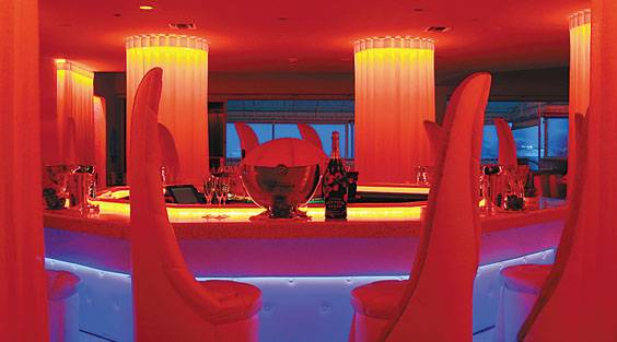 Pearl-Restaurant-and-Champagne-Bar-Photo-1