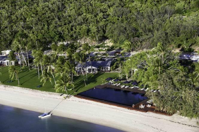 Aerial-shot_Orpheus-Island-665×442