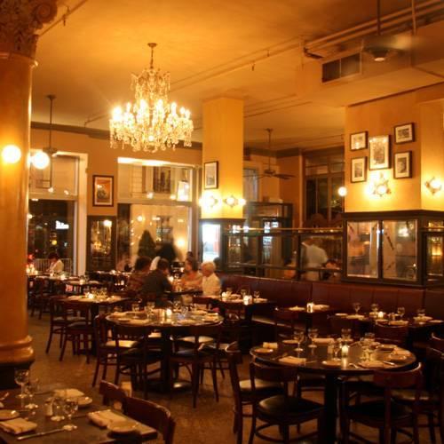 Cafe Une Deux Trois inside restaurant shot
