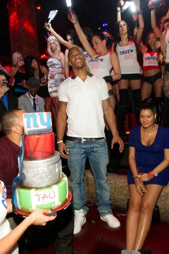 NY Giant Victor Cruz_TAO_cake