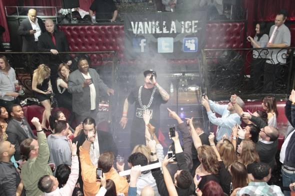 Vanilla Ice_Performance 2_LAX
