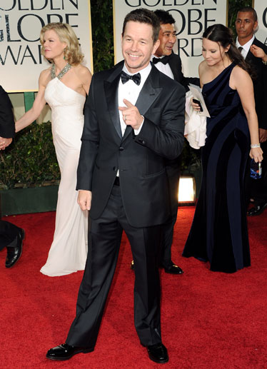 esq-02-mark-wahlberg-golden-globes-2012-011512-mdn-94930112