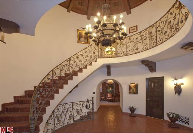 frasiers-david-hyde-pierce-selling-spanish-colonial-in-los-feliz-2