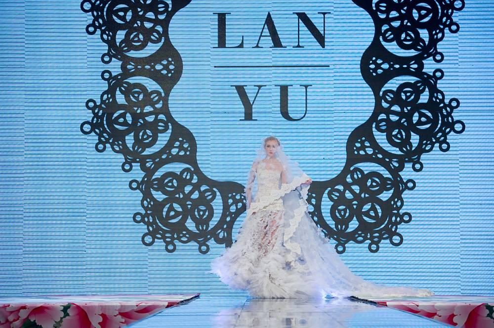 Bridal show 1