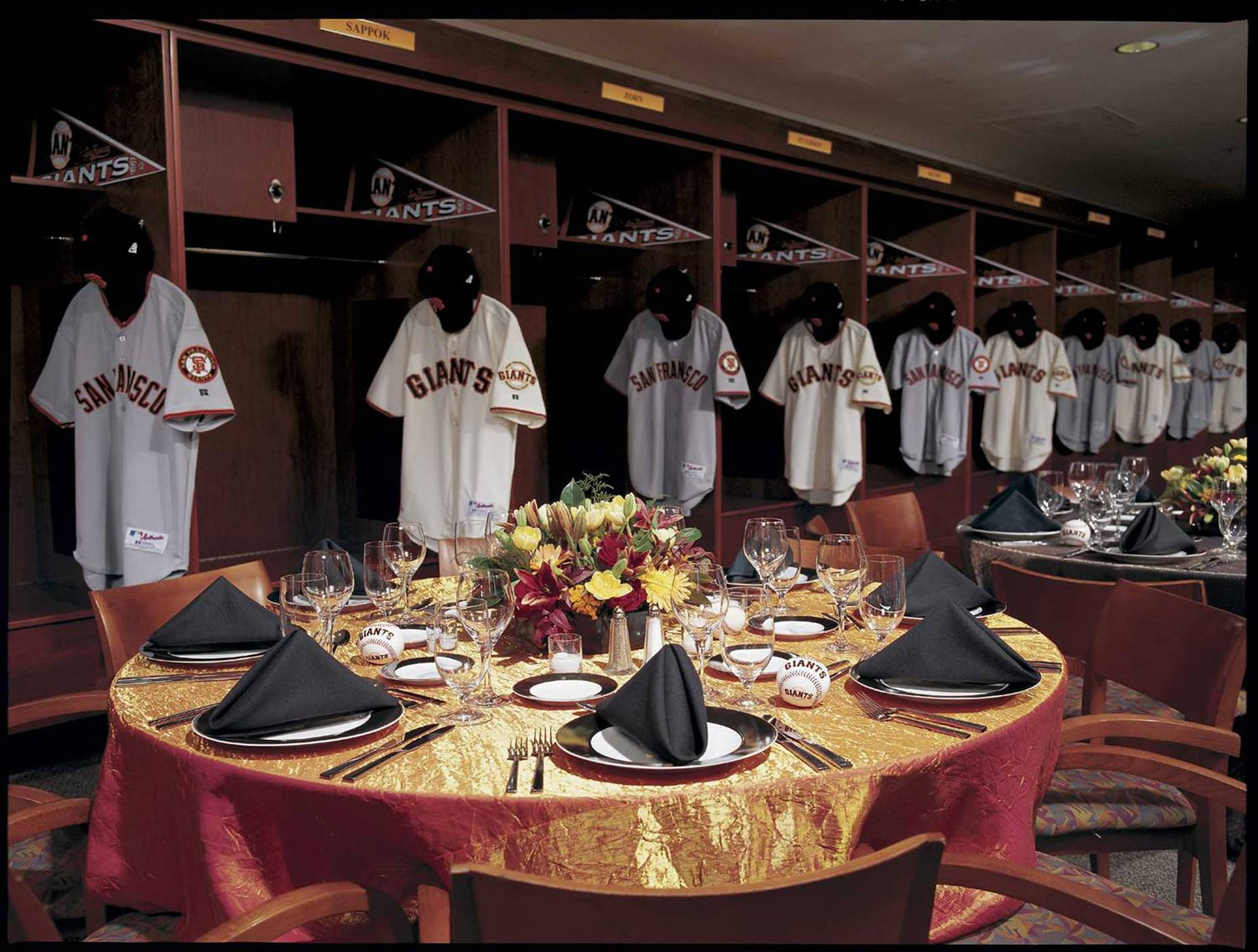 Giants Clubhouse (1)