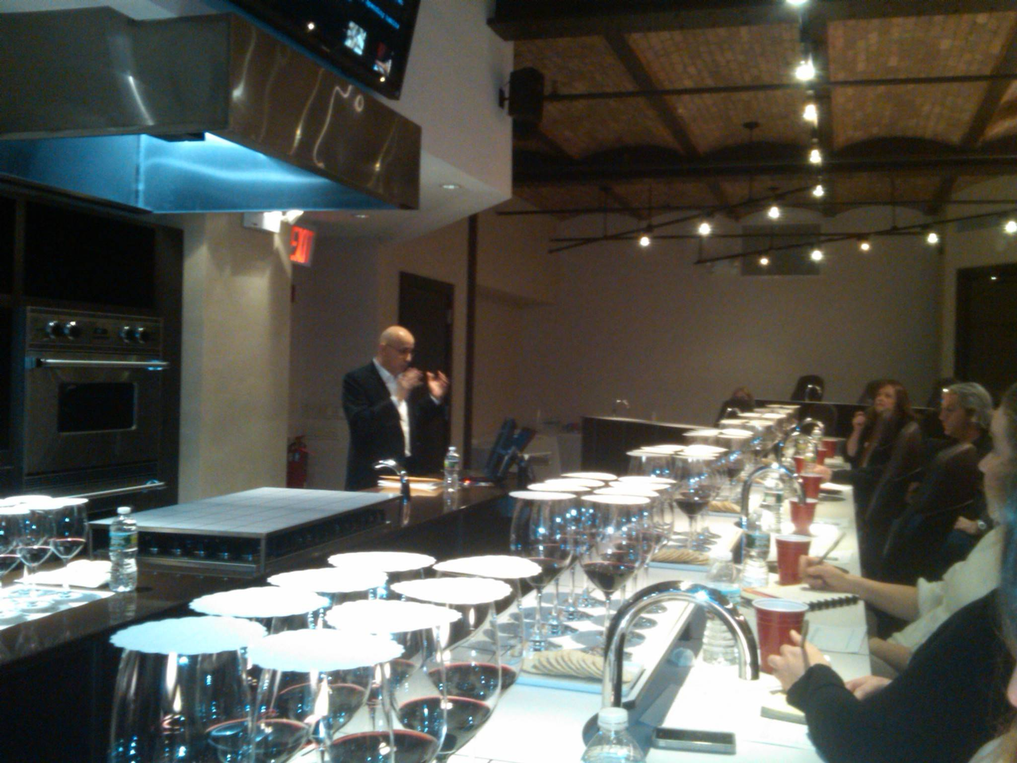 CEO of the Luxury Institute, Milton Pedraza,
