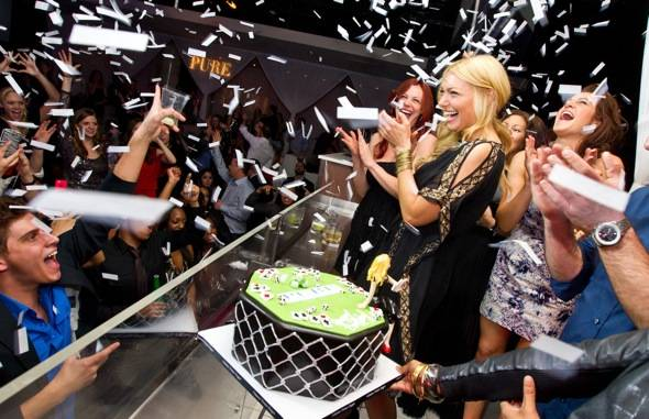 Laura Prepon_Confetti Bday Cake_PURE Nightclub