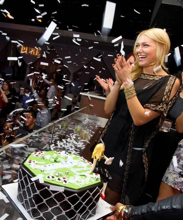 Laura Prepon_Confetti_PURE Nightclub