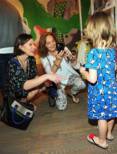 Milla Jovovich with daughter Ever and Diane Von Furstenberg