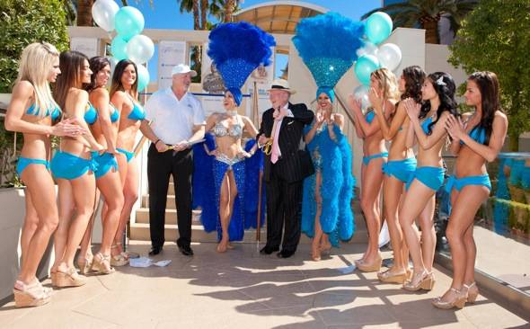Oscar Goodman_Mark Prows_Ribbon Cutting_WET REPUBLIC2