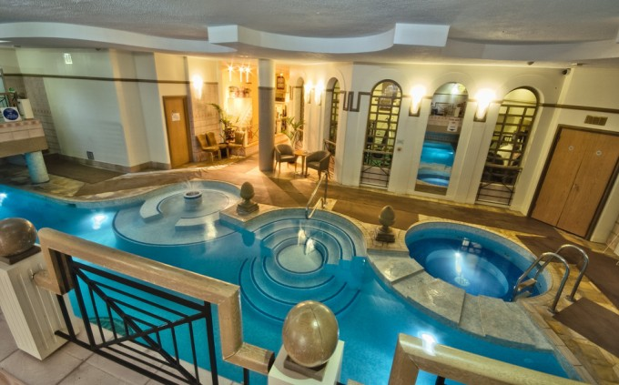 Top 5 Hotel Pools in London