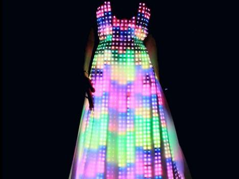 aurora-led-dress-468×351