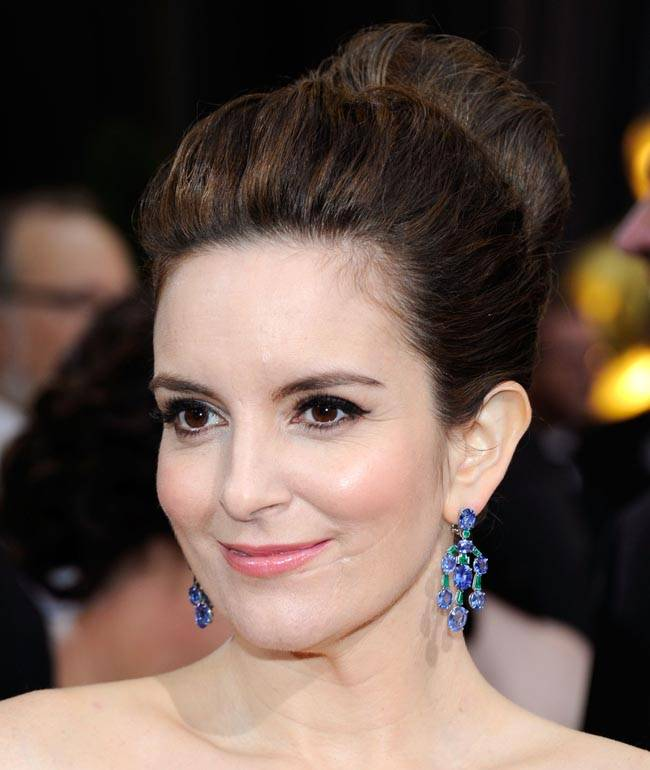 The Secret To Tina Fey S Flawless Skin On The Red Carpet