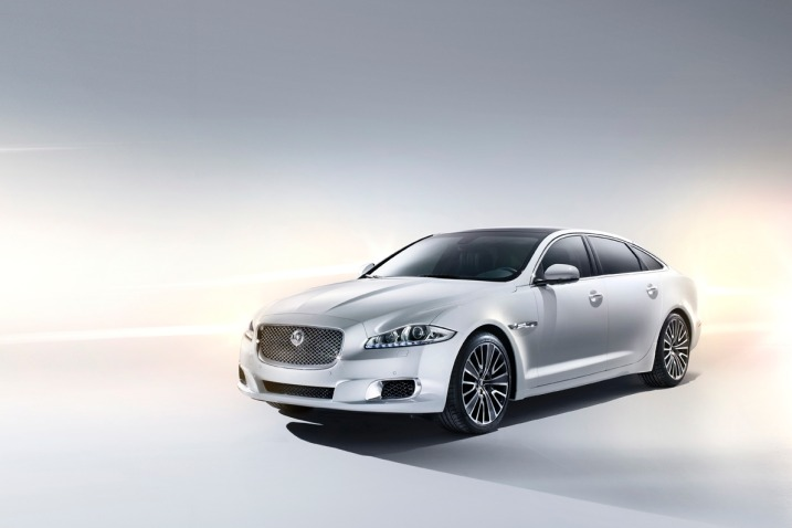 2013_jaguar_xj_f34_ns_42412