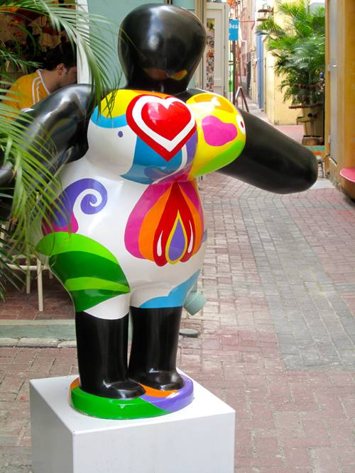 A large Chichi outside of a Chichi shop in Punda