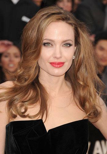 Angelina-Jolie-2012-Oscars