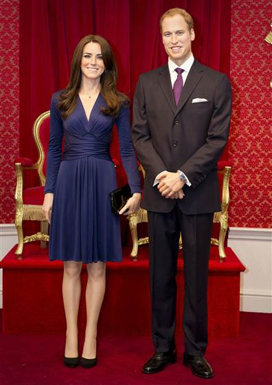 Duke and Duchess wax figures full length MTL.grid-5x2