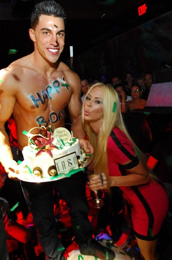 Jenna Jameson, Model Server and Birthday Cake