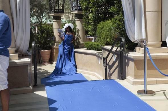 Live blue carpet