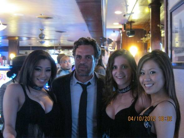 Mark Ruffalo poses with Golden Gate's Dancing Dealers, Las Vegas, 4.10.12