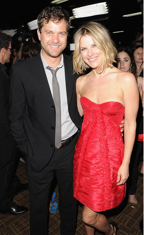Joshua Jackson and Ali Larter