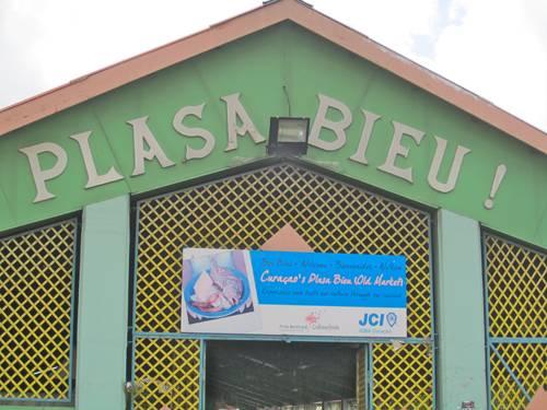 The Plasa Bieu in Punda
