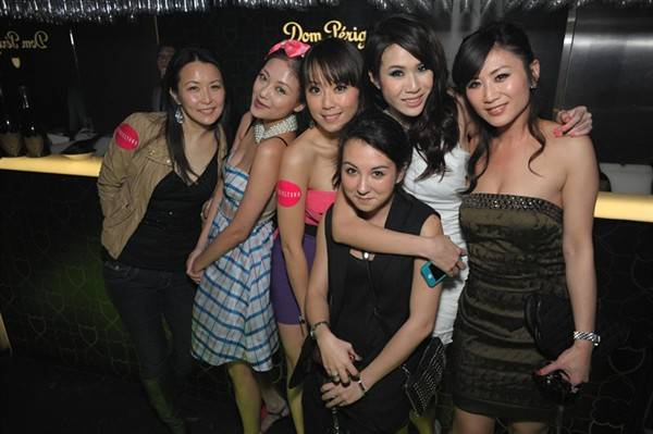 hollywood-glamour-tinseltown-opens-in-hong-kong_7