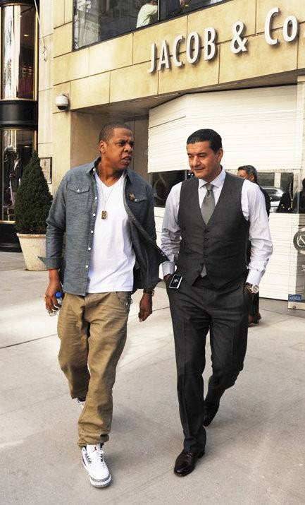 jay-z-gets-beyonce-knowles-a-jacob-and-co-jewelry