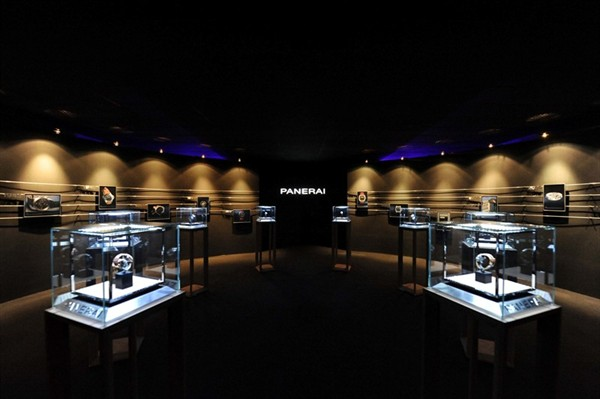 panerai-fetes-grand-opening-at-ion-orchard