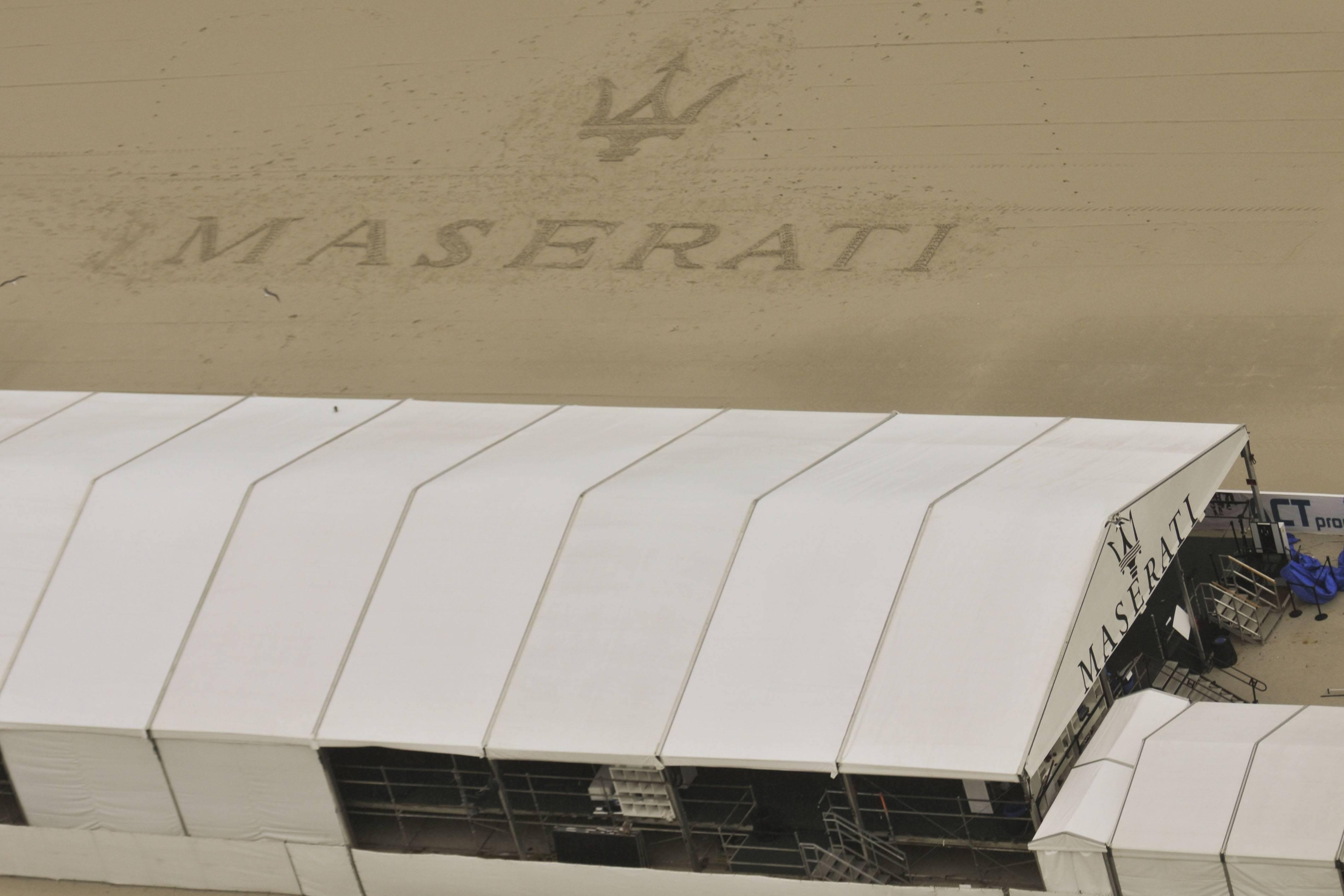 002-MaseratiSandScuplture