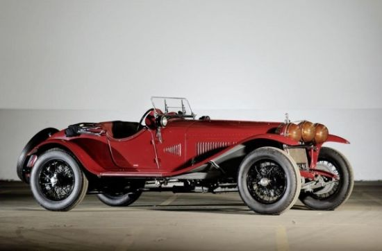 One Of Scuderia Ferrari S First Cars Estimated To Auction For 1 2 Million Haute Living