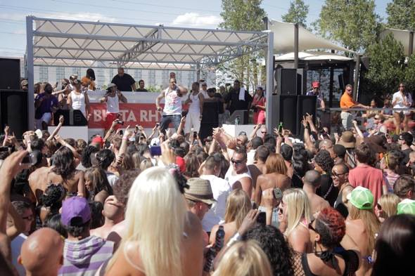 Busta Rhymes performs at the Palms Pool & Bungalows in Las Vegas 5.26.12