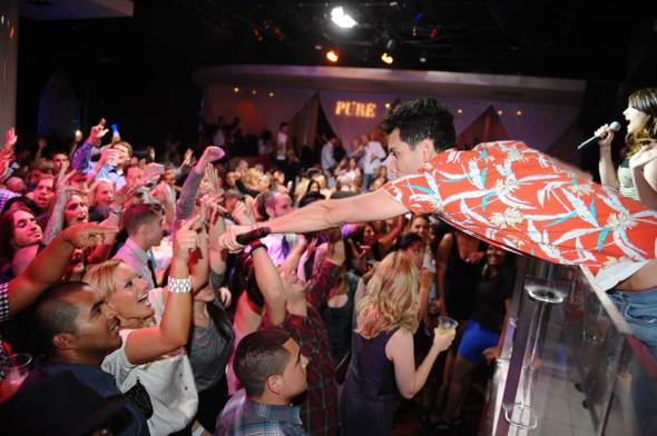 Gabe Saporta_Audience_PURE Nightclub 2