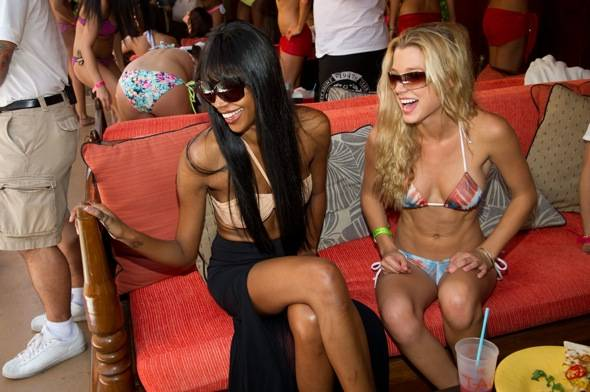 Jessica White and Dominique Storelli at Tao Beach