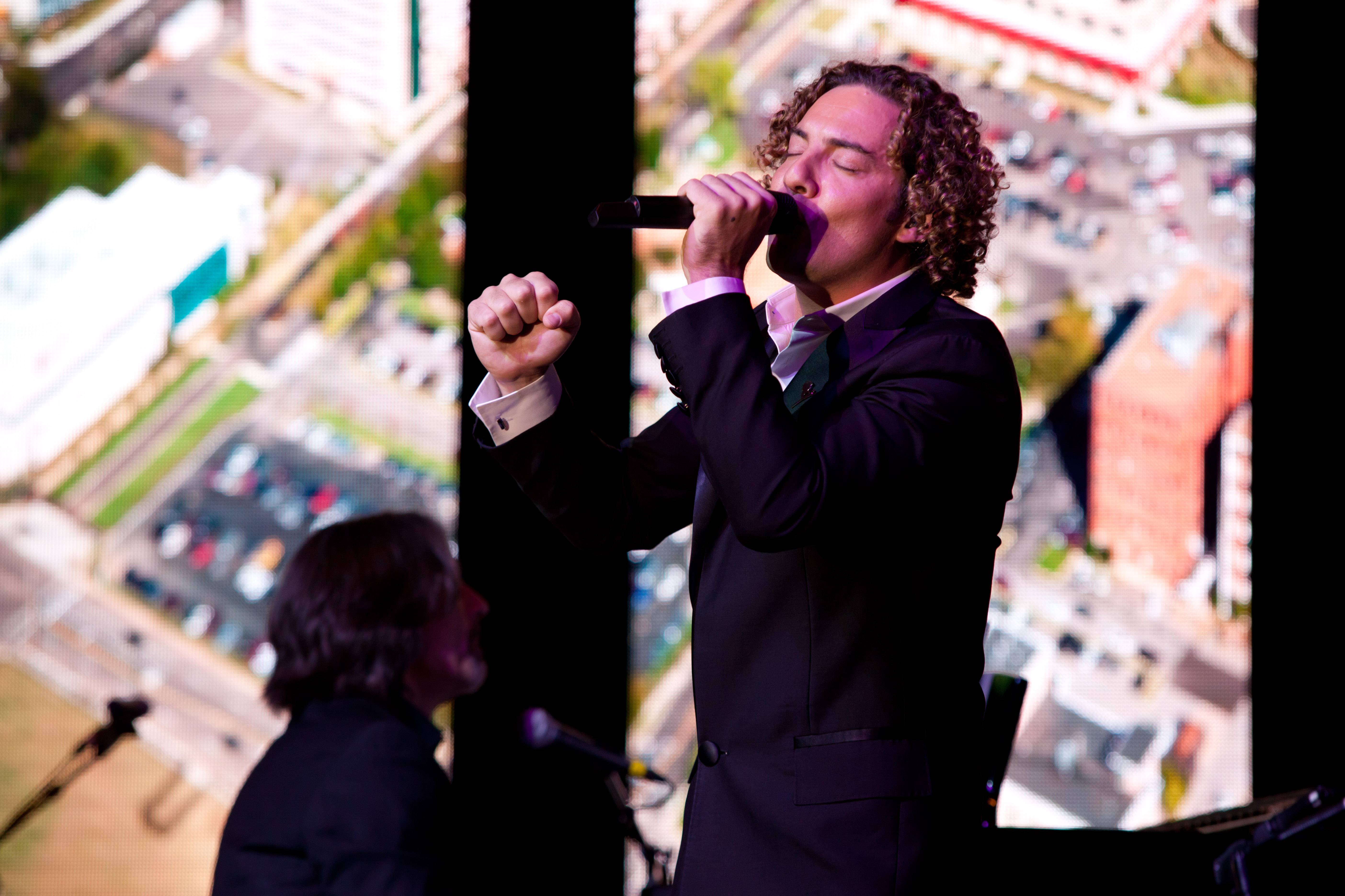 Latin super star David Bisbal performing at the event