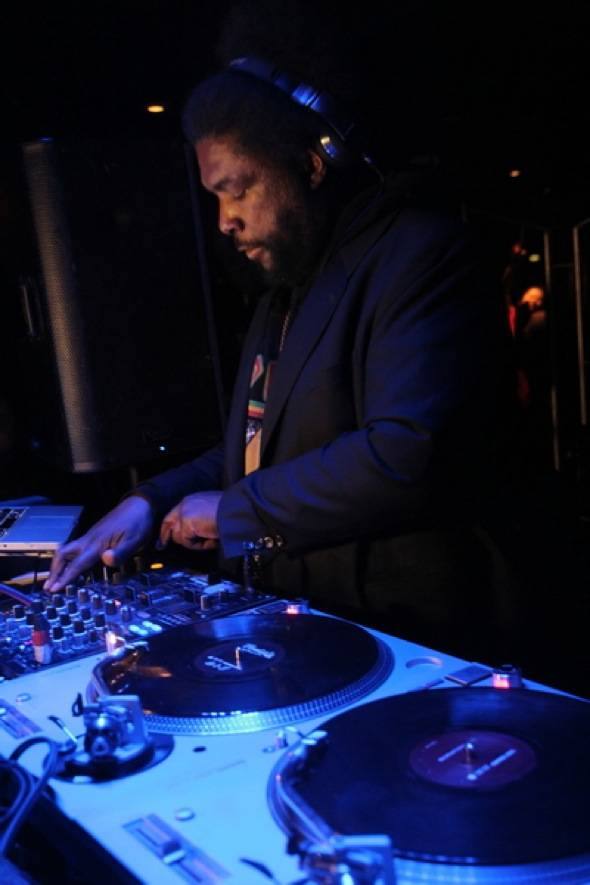 Questlove performs at Moon Nightclub 5.27.12