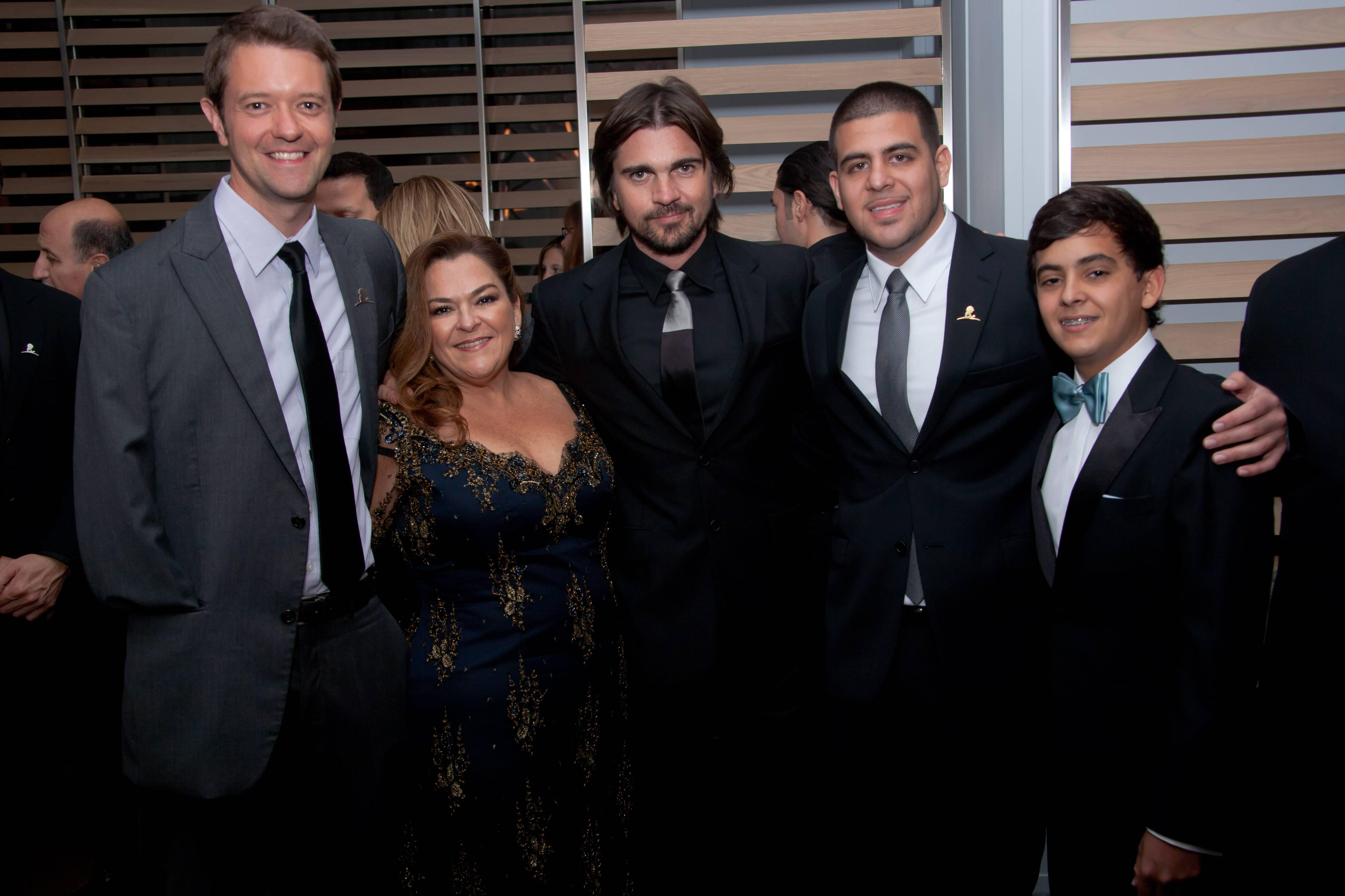 St. Jude Patient Joel, Patricia  Gutierrez, Juanes, Carlos Rodriguez and Stephan