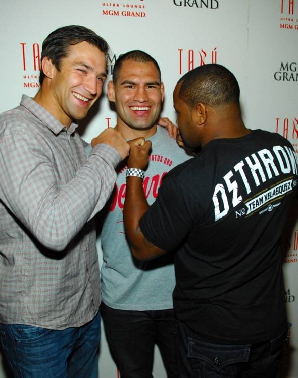 Tabú - Luke Rockhold, Cain Velasquez and Daniel Cormier on Carpet - 5.26.12